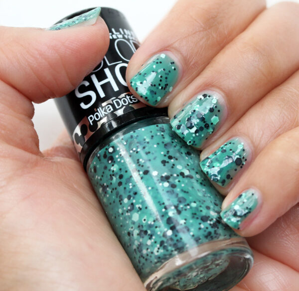 Maybelline Drops of Jade Swatch